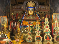Maitraya au monastère de Gyantse