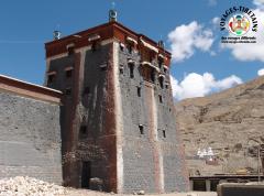 L'une des 8 tours du monastère de Sakya